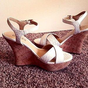 GUESS Faux Croc Wedges Sandals Size 8.5